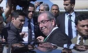 Entenda o que acontece após a renúncia de Cunha