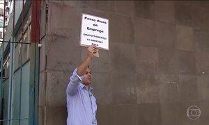 Trabalhador desempregado tem direito a serviços gratuitos