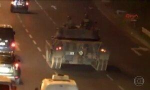 Militares tentam derrubar o governo do presidente Erdogan na Turquia