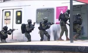 Militares fazem a maior simulação antiterrorismo para a Olimpíada