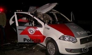 Bandidos vestidos de policiais fogem depois de tentativa de assalto