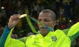 Robson Conceição ganha medalha de ouro inédita no boxe para o Brasil