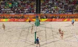 Ágatha e Bárbara perdem pra alemãs e ficam com prata no vôlei de praia