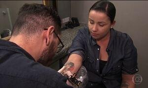 Tatuagem ainda é motivo de resistência no mercado de trabalho