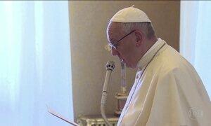'O Mediterrâneo é um cemitério', diz Papa sobre os imigrantes