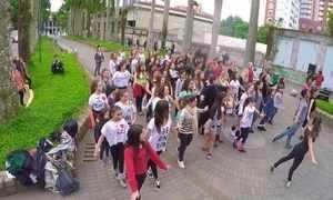Hoje é dia de balé: flashmob