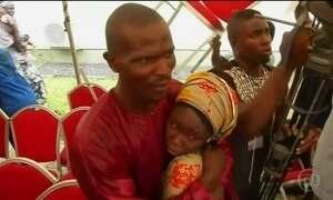 Na Nigéria, 21 jovens sequestradas pelo Boko Haram voltam para casa