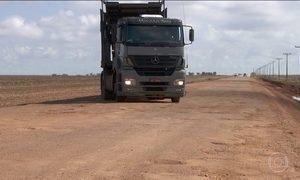 Falta de manutenção nas estradas do país coloca motoristas em perigo