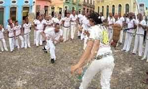 Hoje é dia de consciência negra: capoeira