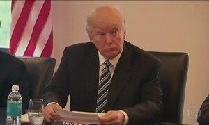 Trump sinaliza que deve convidar políticos da oposição para o governo