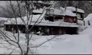 Após terremoto, avalanche soterra hotel na Itália e deixa mortos