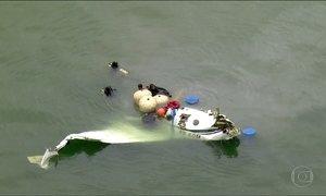 Aeronáutica desiste de retirar avião que caiu em Paraty (RJ) da água
