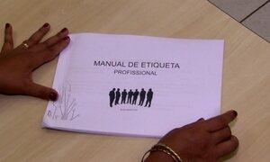 Câmara de vereadores cria polêmico manual de conduta para funcionários
