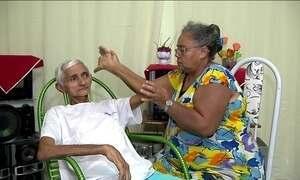 Pacientes sofrem sem remédio para controlar doença incurável