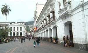 Com 38% dos votos, Moreno lidera disputa pela presidência do Equador