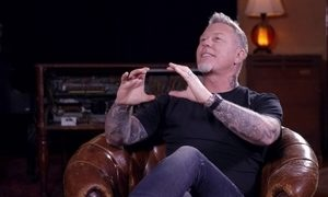 'Fãs participavam mais sem celular', diz James Hetfield, do Metallica