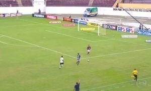 Gol polêmico faz Corinthians perder da Ferroviária