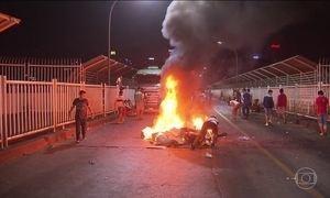 Manifestantes vão às ruas contra a reeleição presidencial no Paraguai