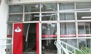 Bandidos explodem agências bancárias de Pilar do Sul (SP)