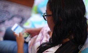 Mulher perde marido e emprego porque não saía das redes sociais