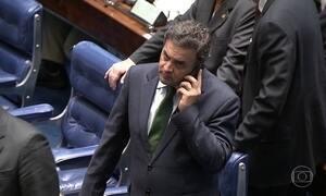 Afastado, Aécio Neves, prepara um recurso para retornar ao Senado