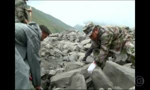 Chuvas provocam deslizamento e deixam mortos na China