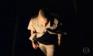 Veja uma homenagem a Chester Bennington, vocalista do Linkin Park