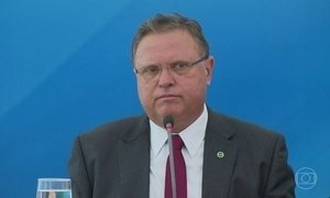 PF faz busca em endereços ligados ao ministro da Agricultura Blairo Maggi