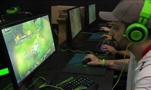 Jogador profissional de games pode receber salário de até R$ 100 mil
