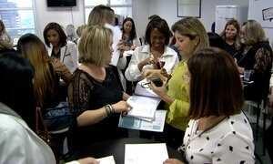 Brasileiras rodam o mundo atrás de mulheres donas empresas de sucesso