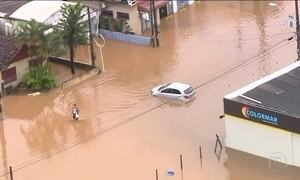 Temporal deixa dois mortos e dois desaparecidos em Santa Catarina