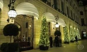No Hotel Ritz, em Paris, ladrões levam joias e relógios em assalto milionário