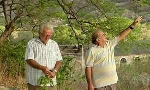 Agricultores viram 'profetas' e fazem previsão para chuva no sertão do CE