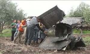 Avião israelense é abatido após bombardeio na Síria