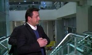 Empresário Wesley Batista deixa cadeia sem tornozeleira