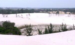 Maior duna isolada do Sudeste brasileiro é cartão postal de Cabo Frio