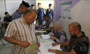 Sob forte esquema de segurança, milhões de iraquianos vão às urnas