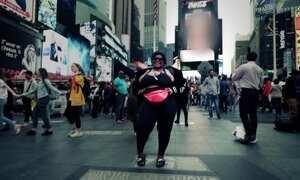Jojo Todynho vai a Nova York e canta em coral de igreja