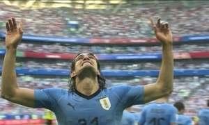 Uruguai atrapalha festa russa e se classifica com 3 vitórias em 3 jogos