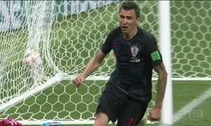 A entrega total que deu a vitória à Croácia tem rosto: Mario Mandzukic