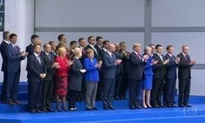 Em reunião da Otan, Trump acusa Alemanha de ser refém dos russos