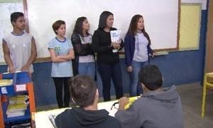 Alunos replicam conhecimentos em finanças na comunidade da Rocinha