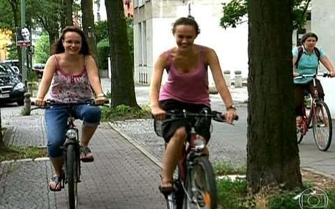 Bicicletas chegam a superar o número de carros na Alemanha