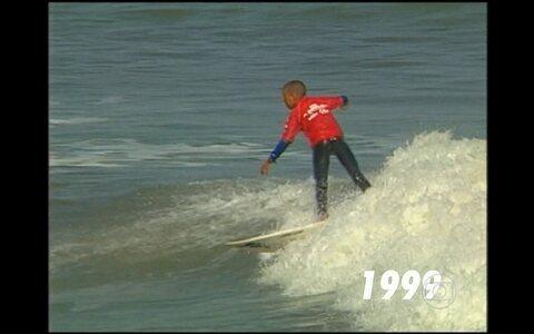 Veja materia que Abel Neto fez com Mineirinho em 1999, quando o campeao comecava no surfe