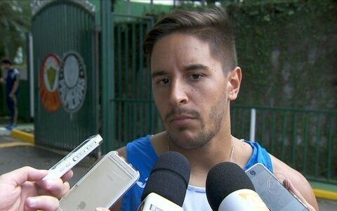César Vallejo faz treino fechado no CT do Palmeiras para duelo contra o São Paulo