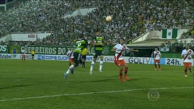 Chapecoense vence, mas é eliminado pelo River Plate na Copa Sul-Americana