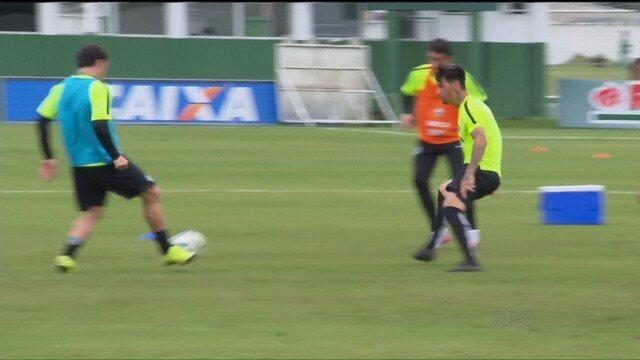 BLOG: VÍDEOS: Cáceres deve ser o volante no domingo