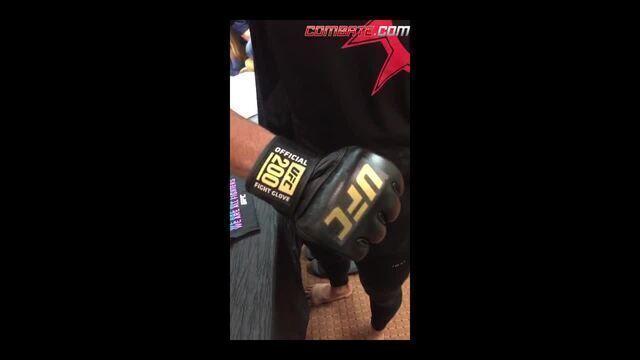 BLOG: Thiago Marreta mostra luva oficial do UFC 200 nas redes sociais