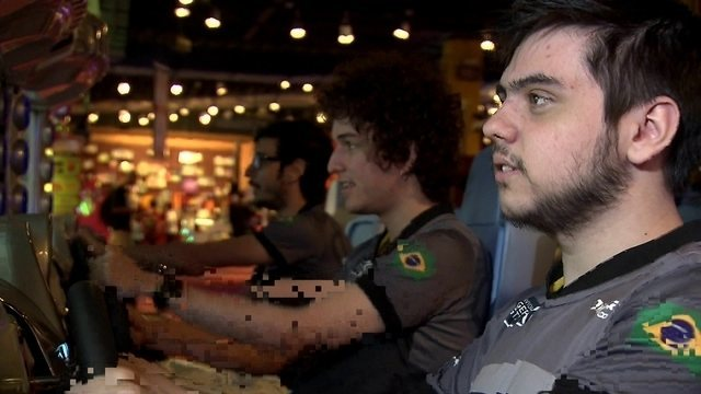 Campeão brasileiro de LoL, time da INTZ disputa uma Olimpíada diferente