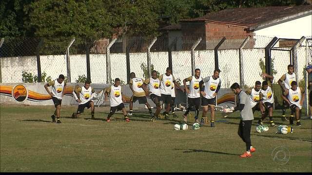 Com desfalques de Plínio e Djavan, Botafogo-PB se prepara para enfrentar o América-RN